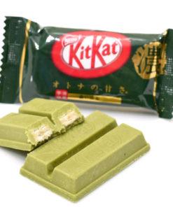 KIT KAT DARK GREEN TEA (1 PACKET)